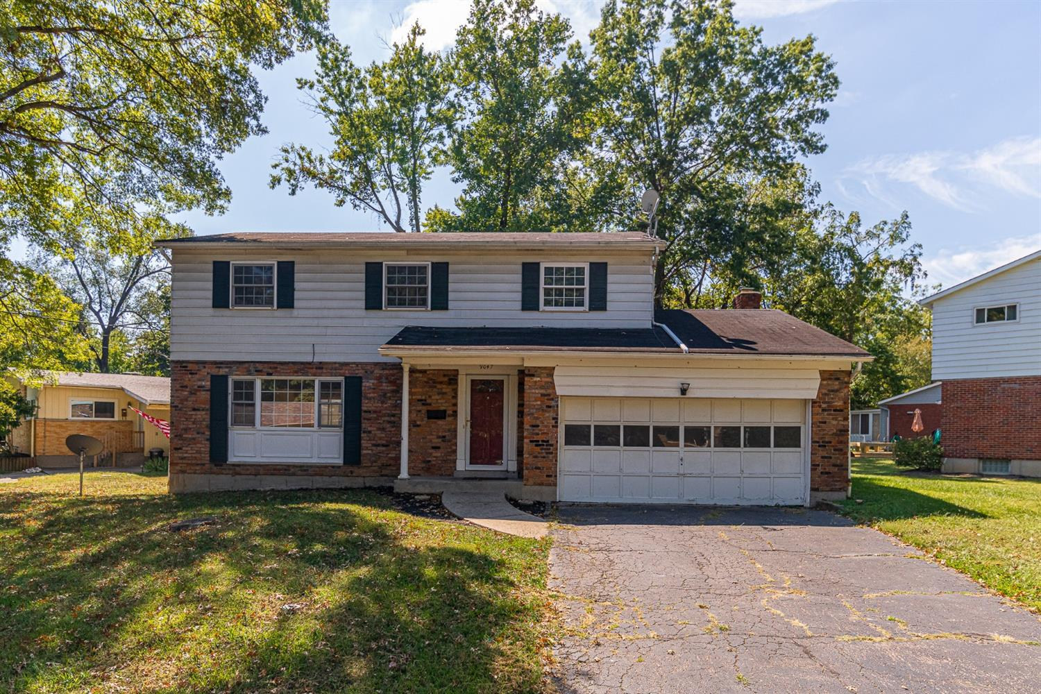 9047 Fontainebleau Ter Finneytown, OH