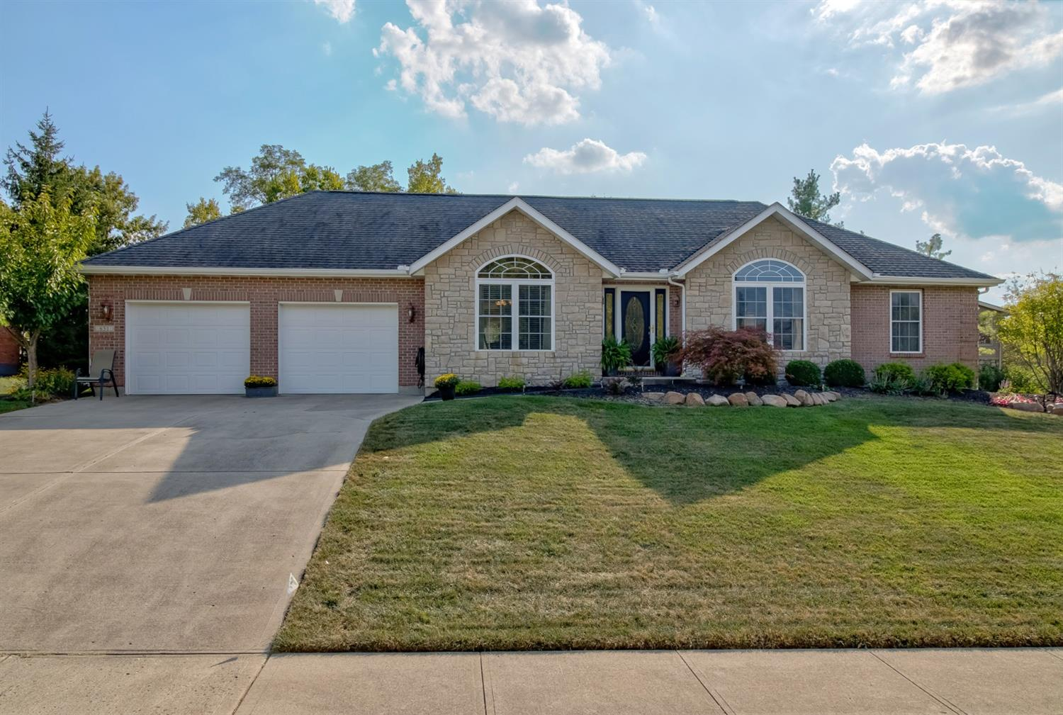 651 Hermay Dr Hamilton West, OH