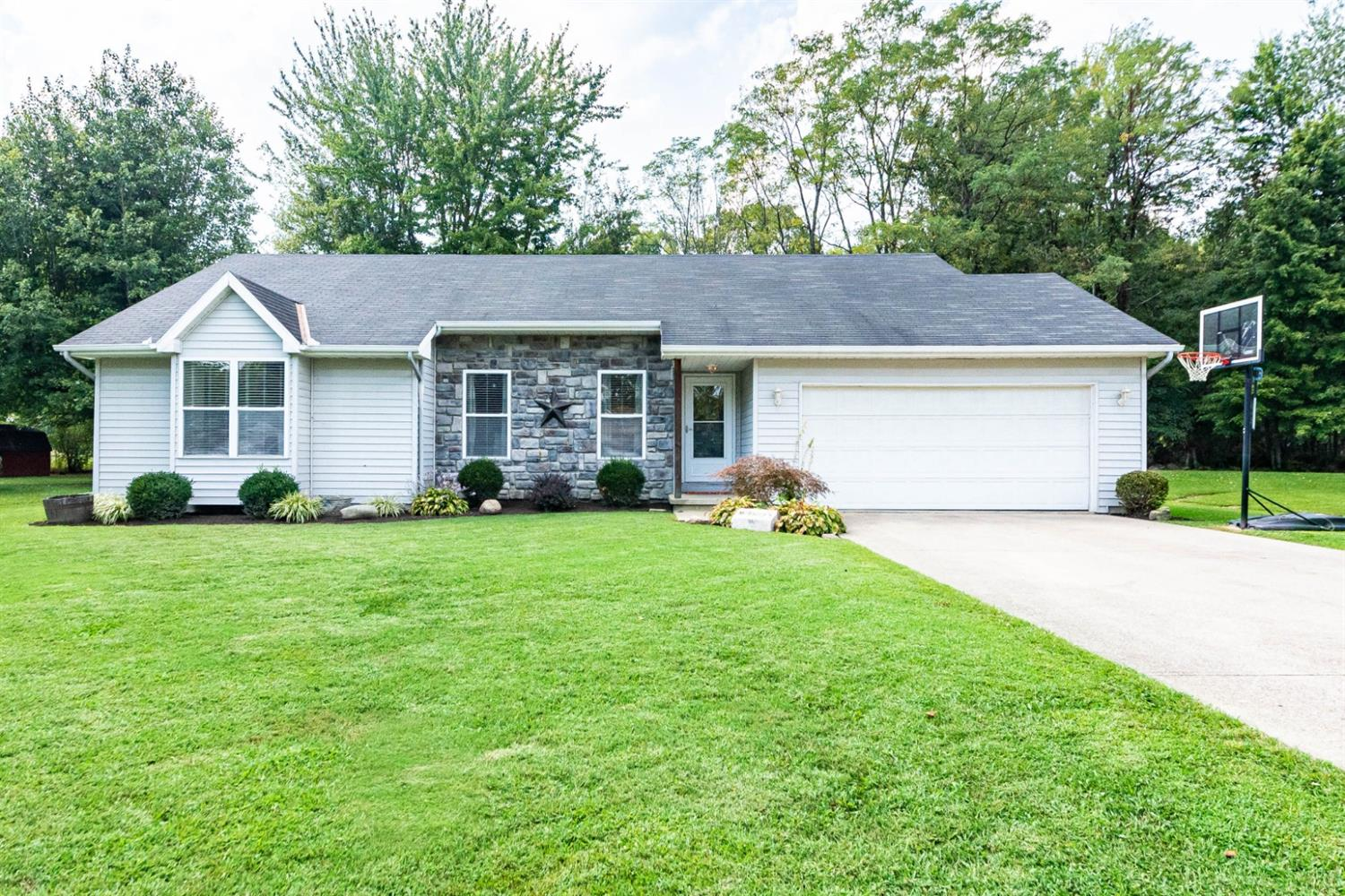 111 Spring Meadow Dr Pleasant Twp., OH