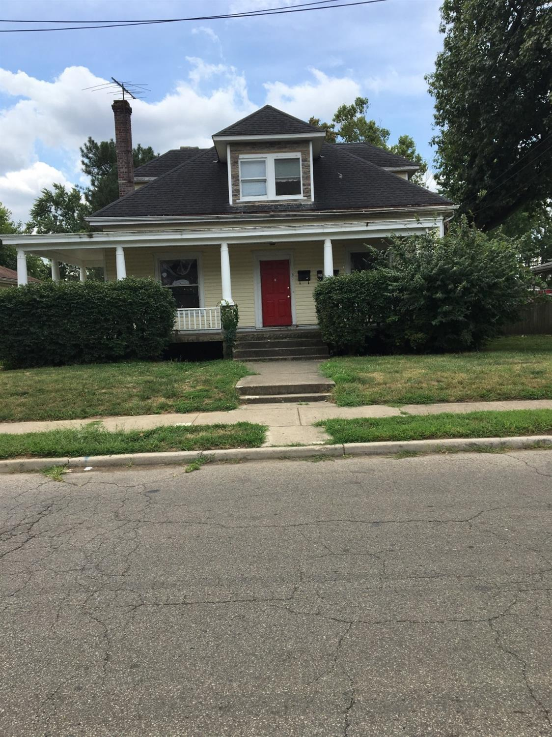 1332 Woodlawn Ave Middletown South, OH