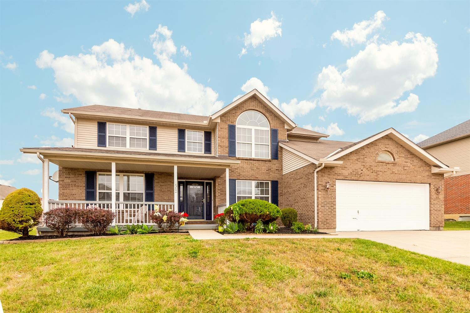 1582 Winford Ct Forest Park, OH