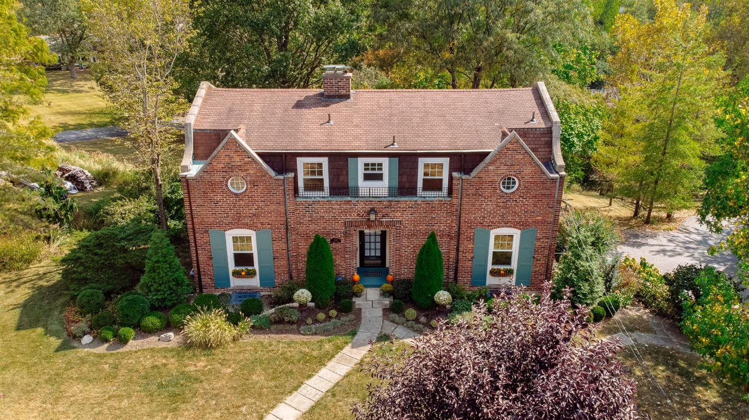 Photo 3 for 2339 Raeburn Ter Mt. Airy, OH 45223