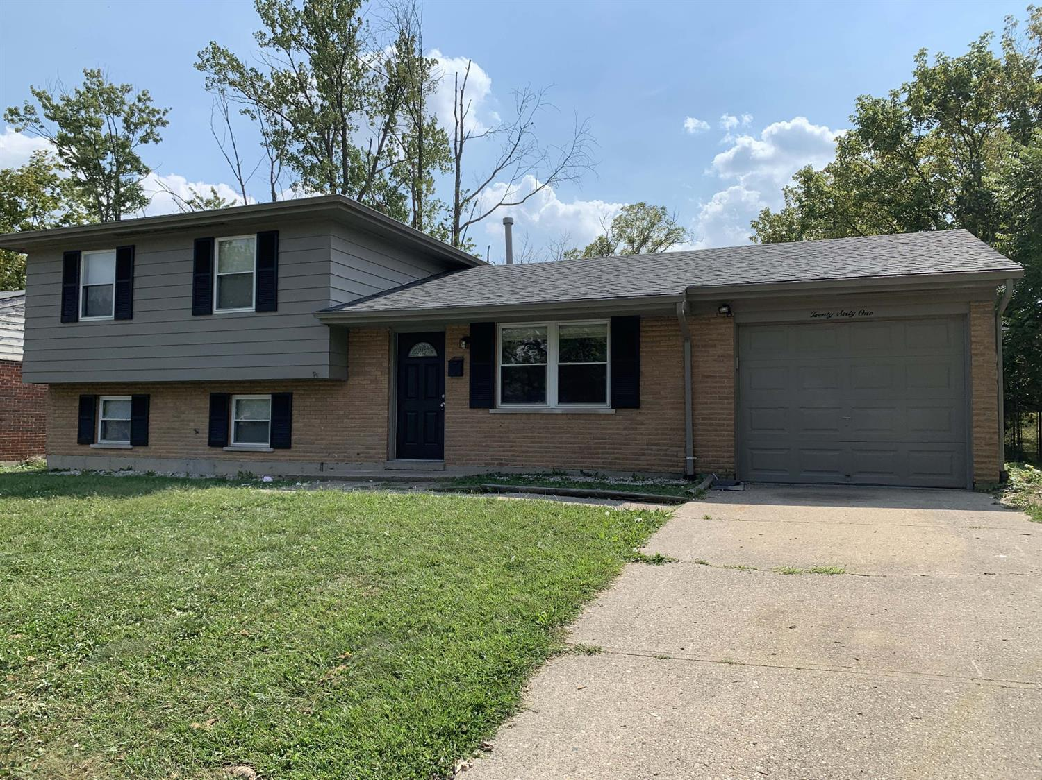 2061 Sevenhills Dr Springfield Twp., OH
