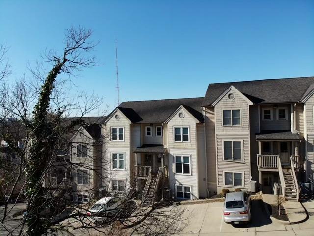 951 Auburnview Dr Walnut Hills, OH