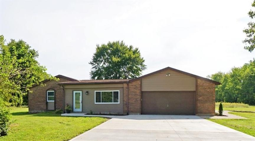 6945 Cozaddale Rd Goshen Twp., OH