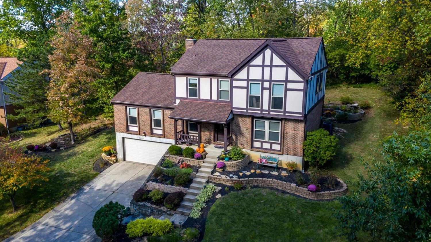 5780 Squire Hill Ct Sharonville, OH