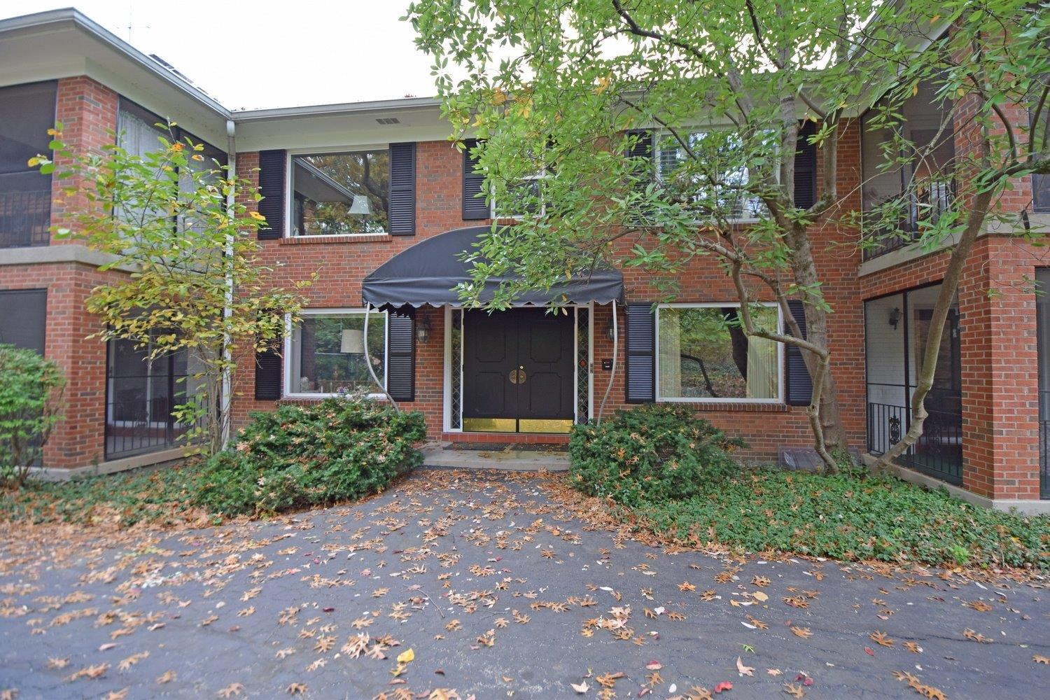 Photo 2 for 680 Overland Ave #4 Mt. Lookout, OH 45226