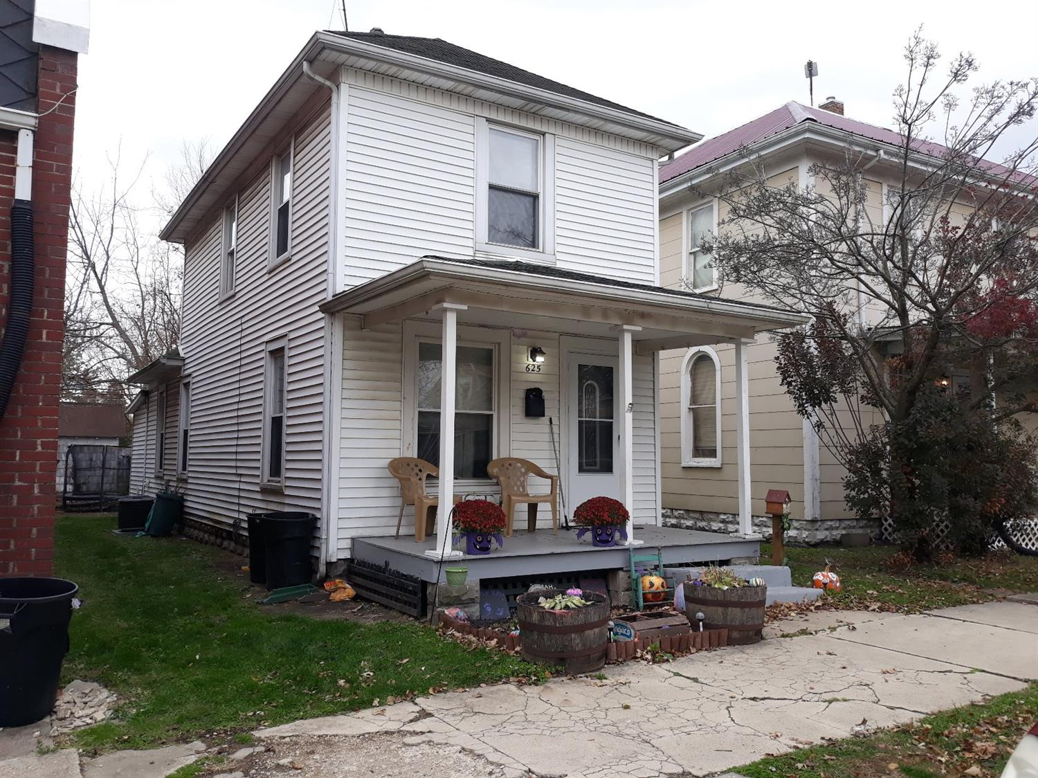 625 E Temple St Fayette County , OH