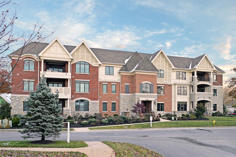 9506 Park Manor Blvd, 304 Blue Ash, OH