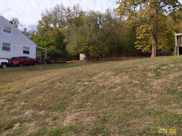 Photo 2 for 4258 River Rd Riverside Cincinnati, OH 45204