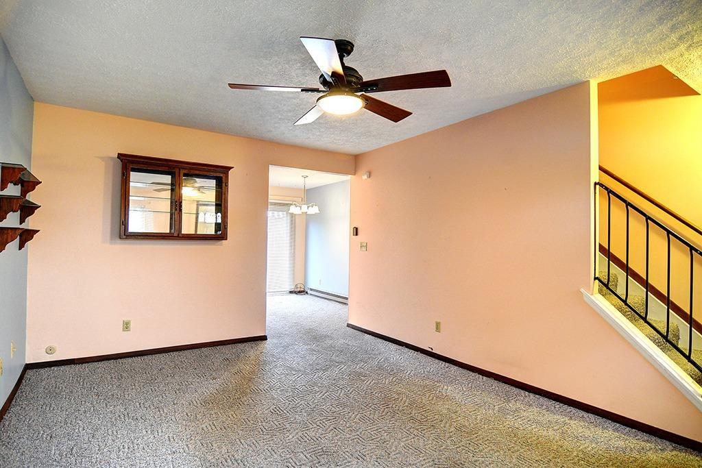 Photo 3 for 4524 Shawnray Dr, 25 Middletown South, OH 45044