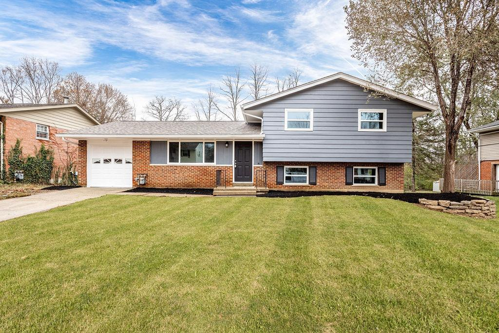 Photo 1 for 117 Junedale Dr Greenhills, OH 45218