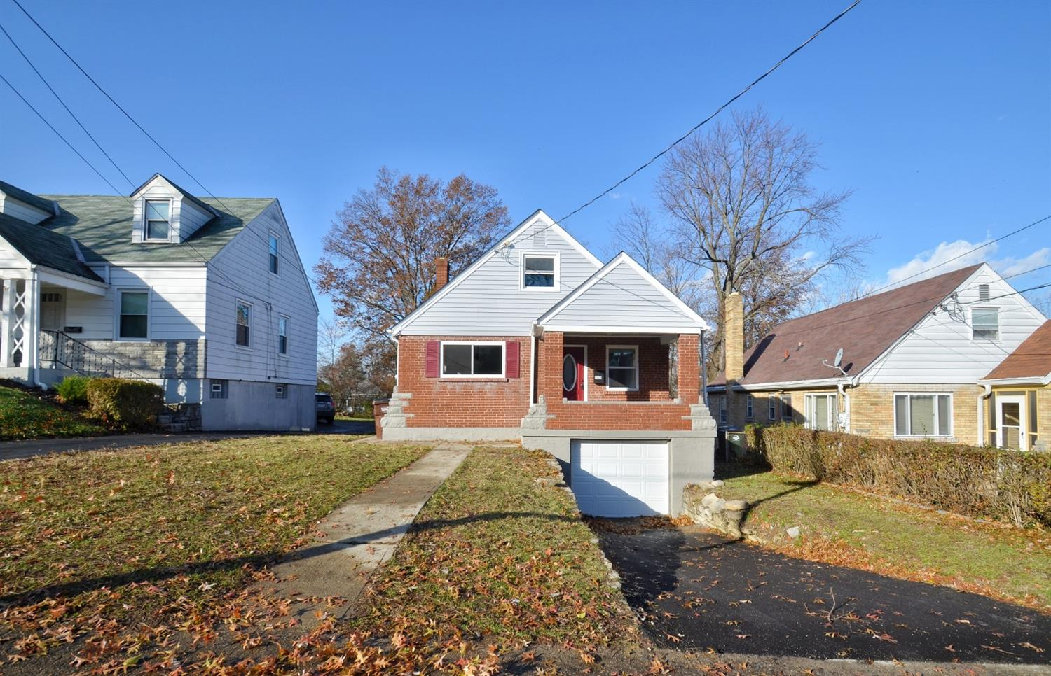 6423 Elbrook Ave Golf Manor, OH