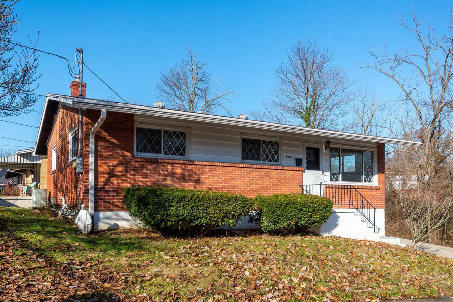 3904 Mantell Ave Dillonvale, OH
