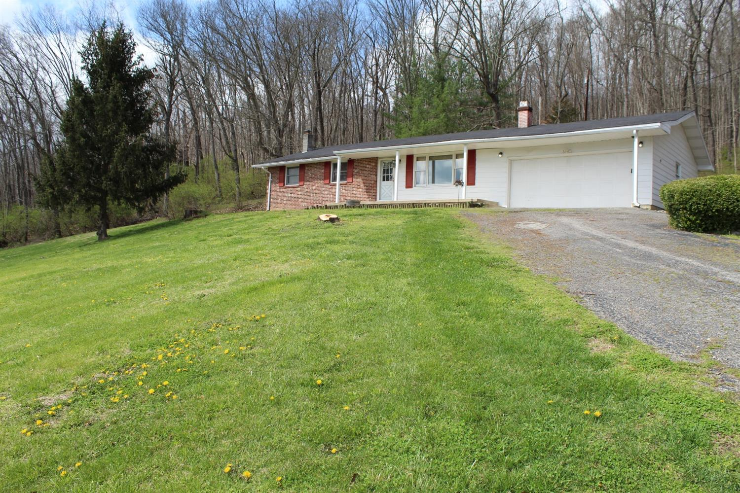 Photo 1 for 889 Tong Hollow Rd Ross County, OH 45612