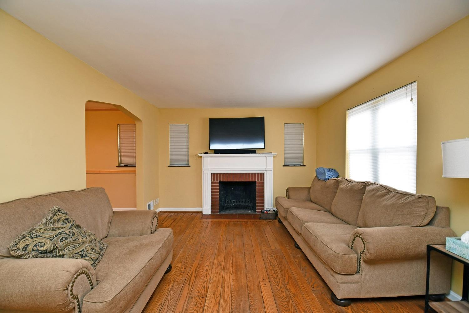 Photo 2 for 1538 Oak Knoll Dr North College Hill, OH 45224
