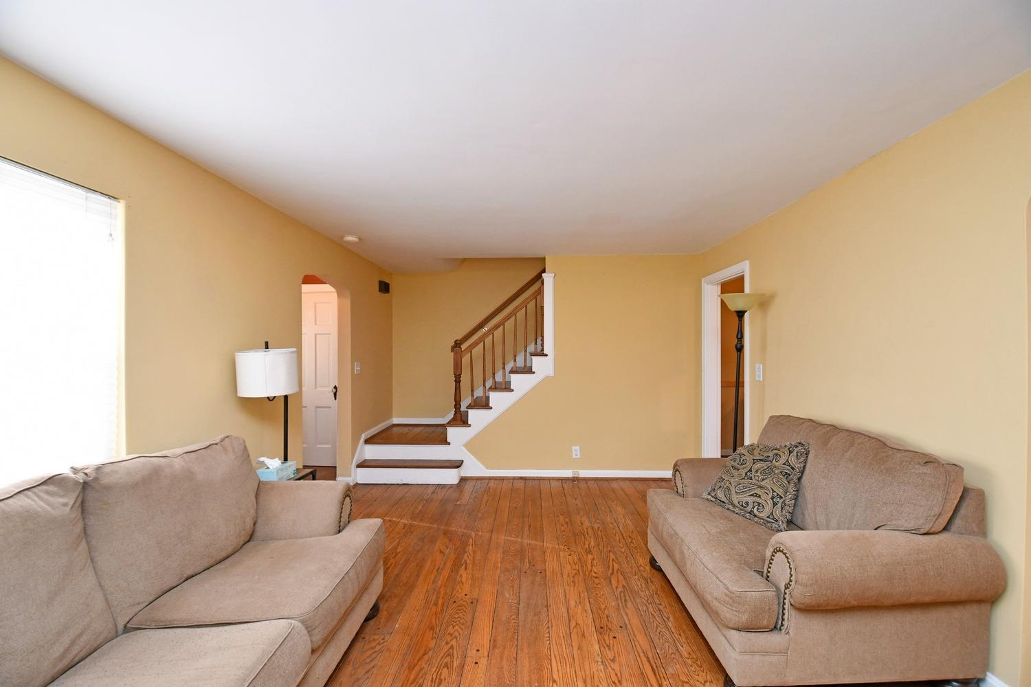 Photo 3 for 1538 Oak Knoll Dr North College Hill, OH 45224