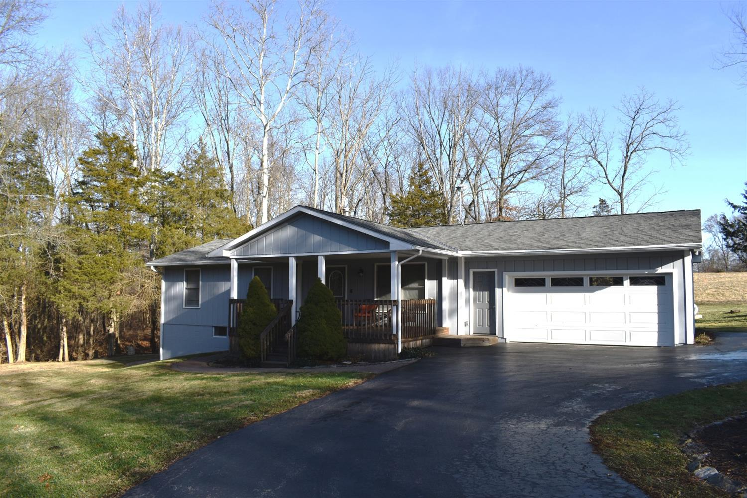 1221 Old State Rd Vernon Twp, OH