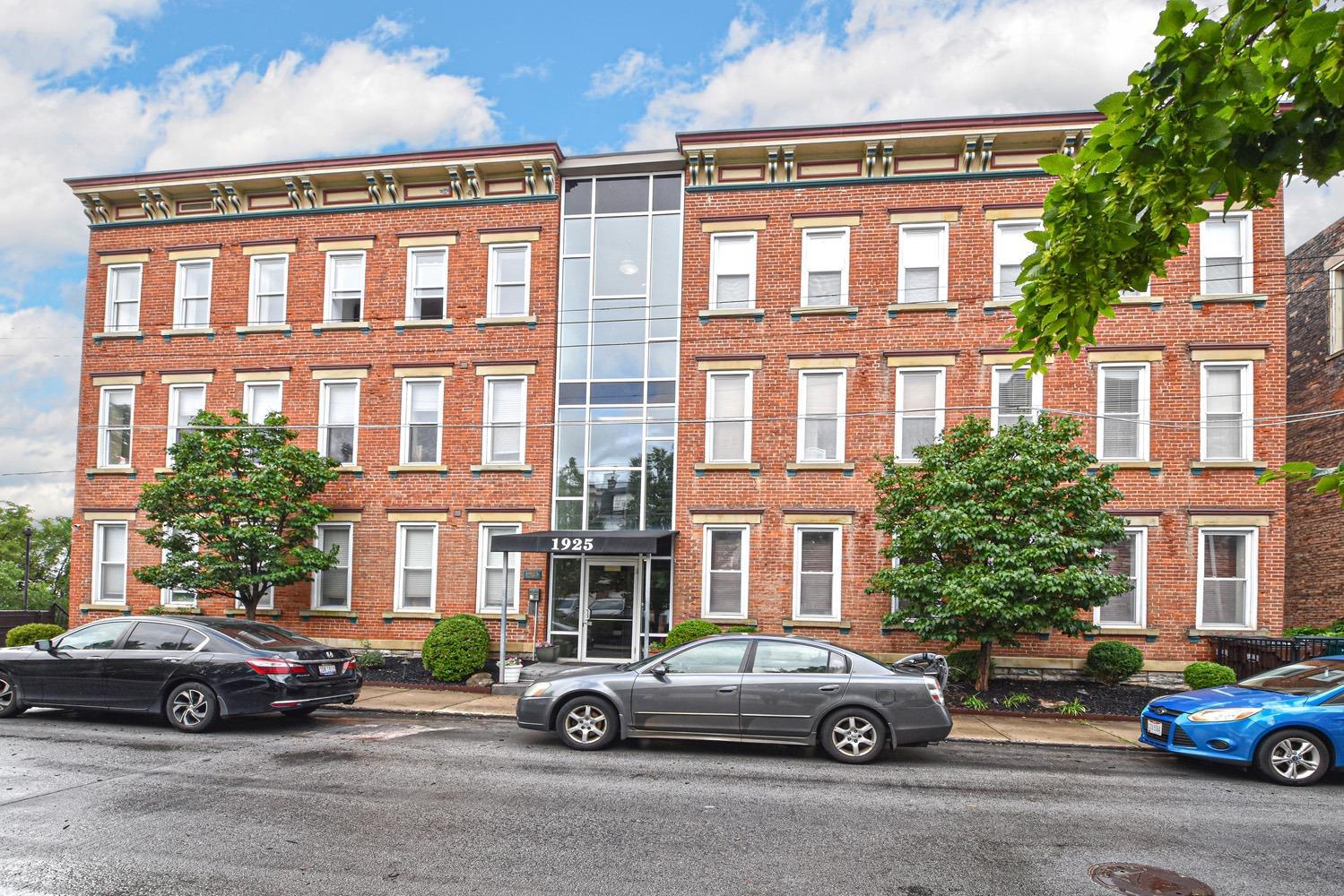 1925 Auburn Ave, 2