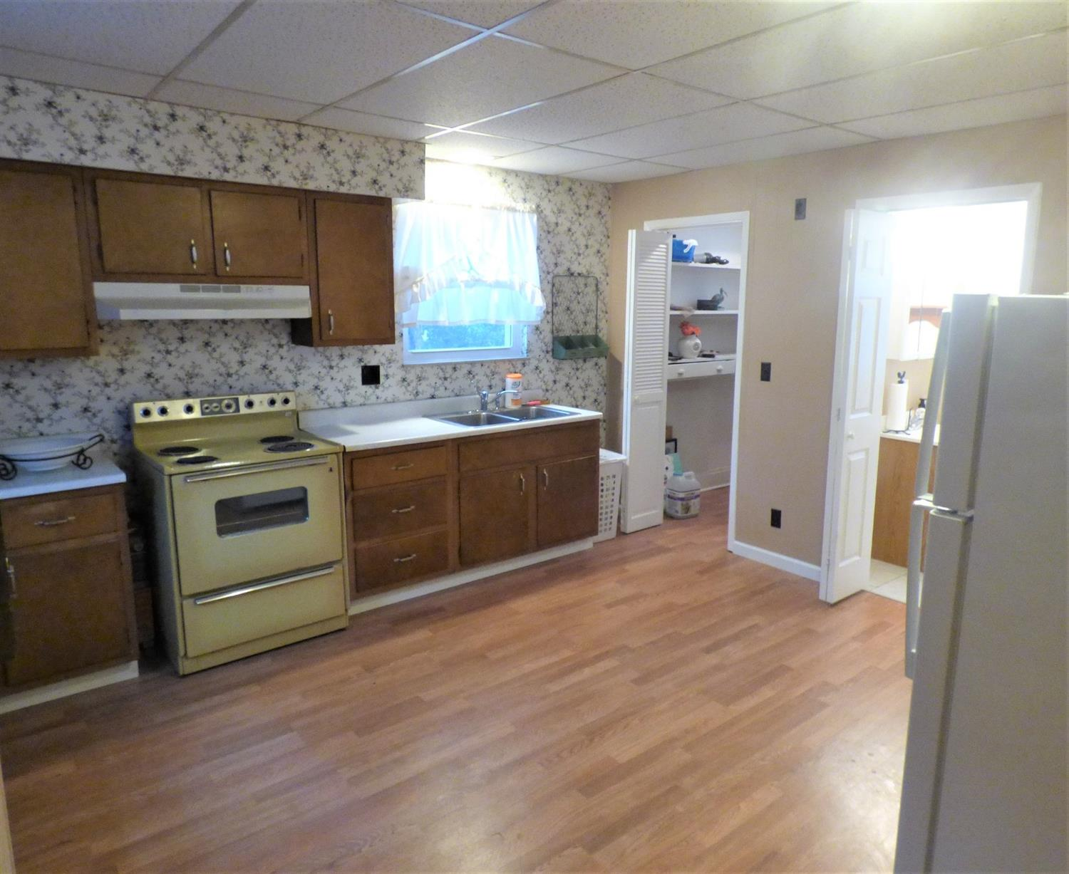 Photo 3 for 4706 Greenlee Ave St. Bernard, OH 45217