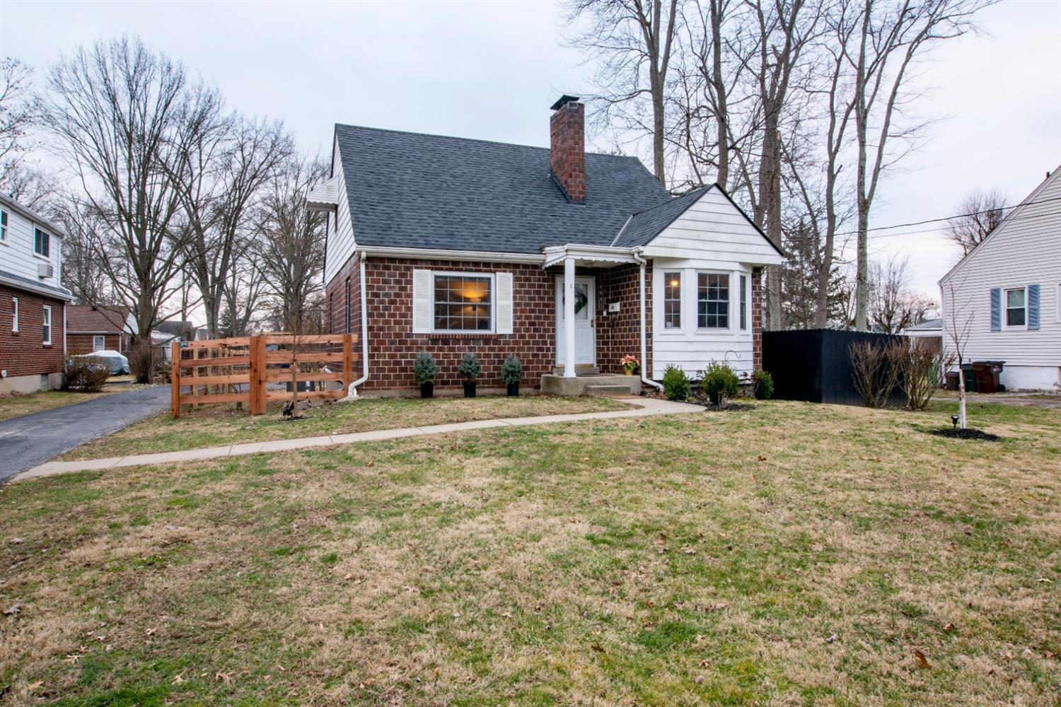 Photo 2 for 4641 Belleview Ave Blue Ash, OH 45242