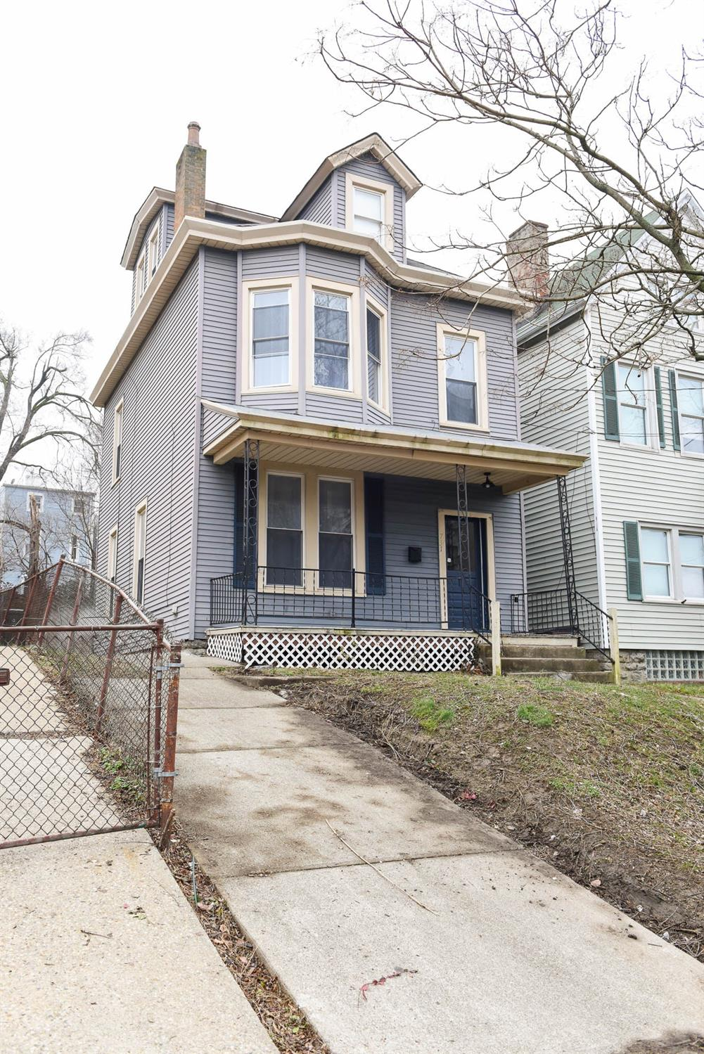 Photo 2 for 731 Grand Ave Price Hill, OH 45205