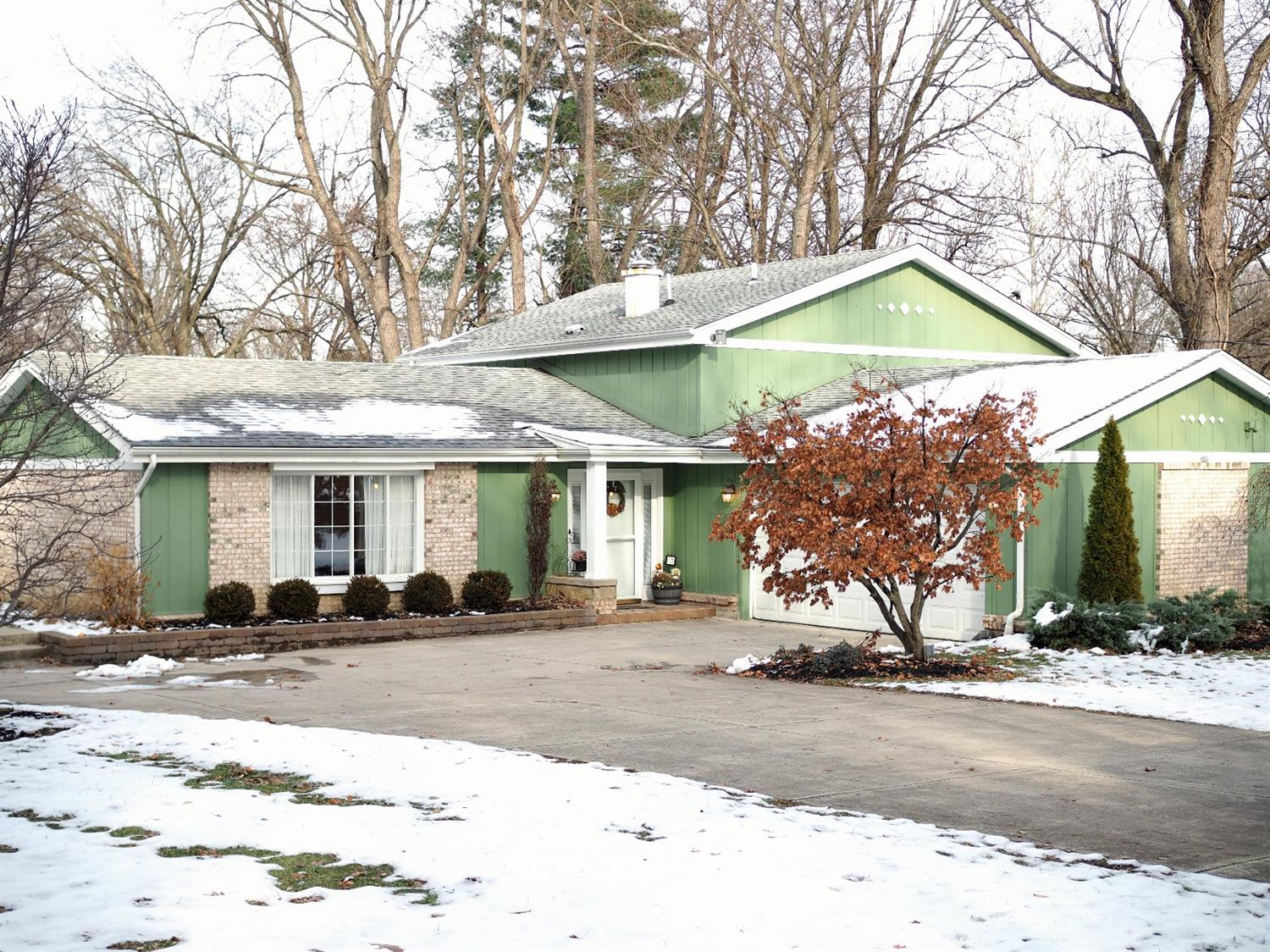 Photo 1 for 492 Meadowcrest Rd Springfield Twp., OH 45231
