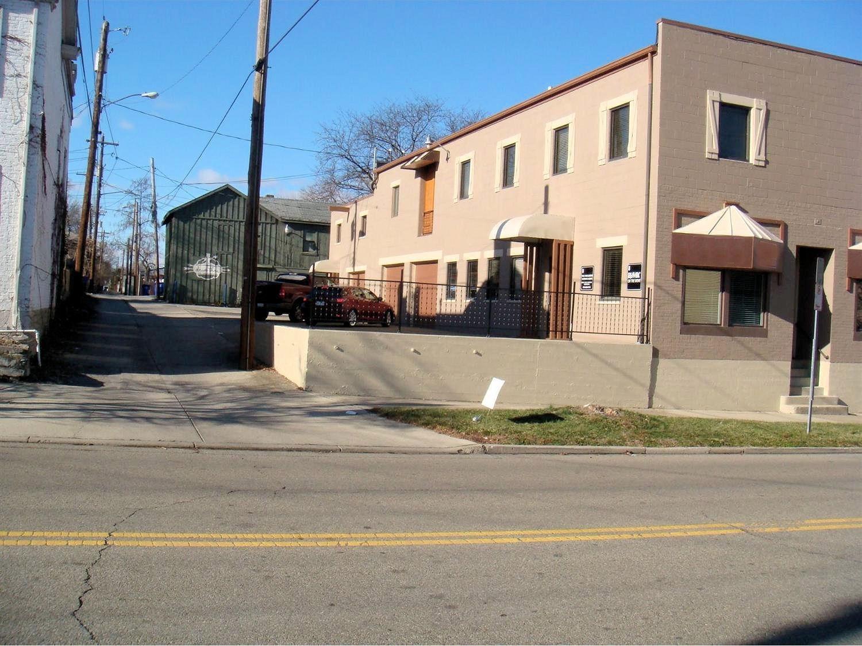 Photo 2 for 15 S D Street Hamilton West, OH 45013