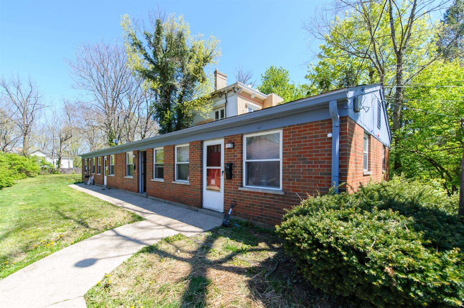 776 784 Hand Ave Spring Grove, OH