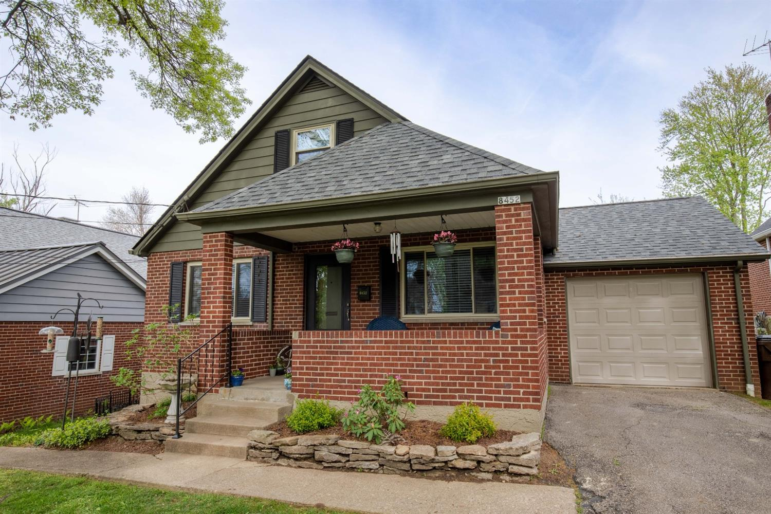 8452 Wexford Ave Dillonvale, OH