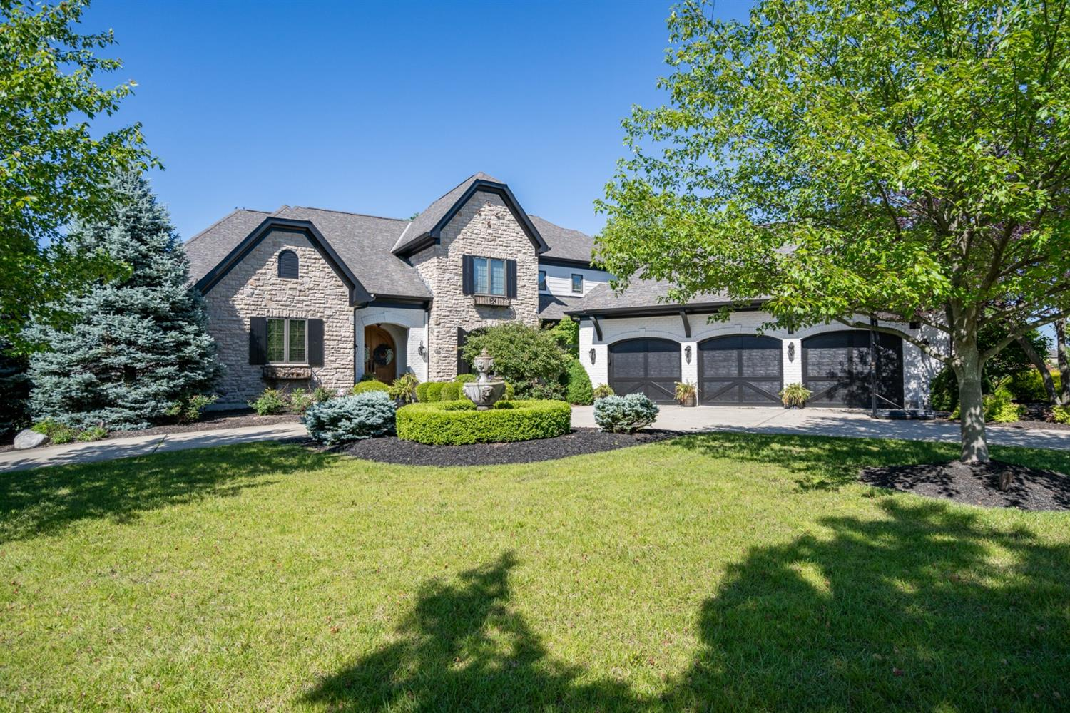 8545 Ivy Trails Dr Anderson Twp., OH