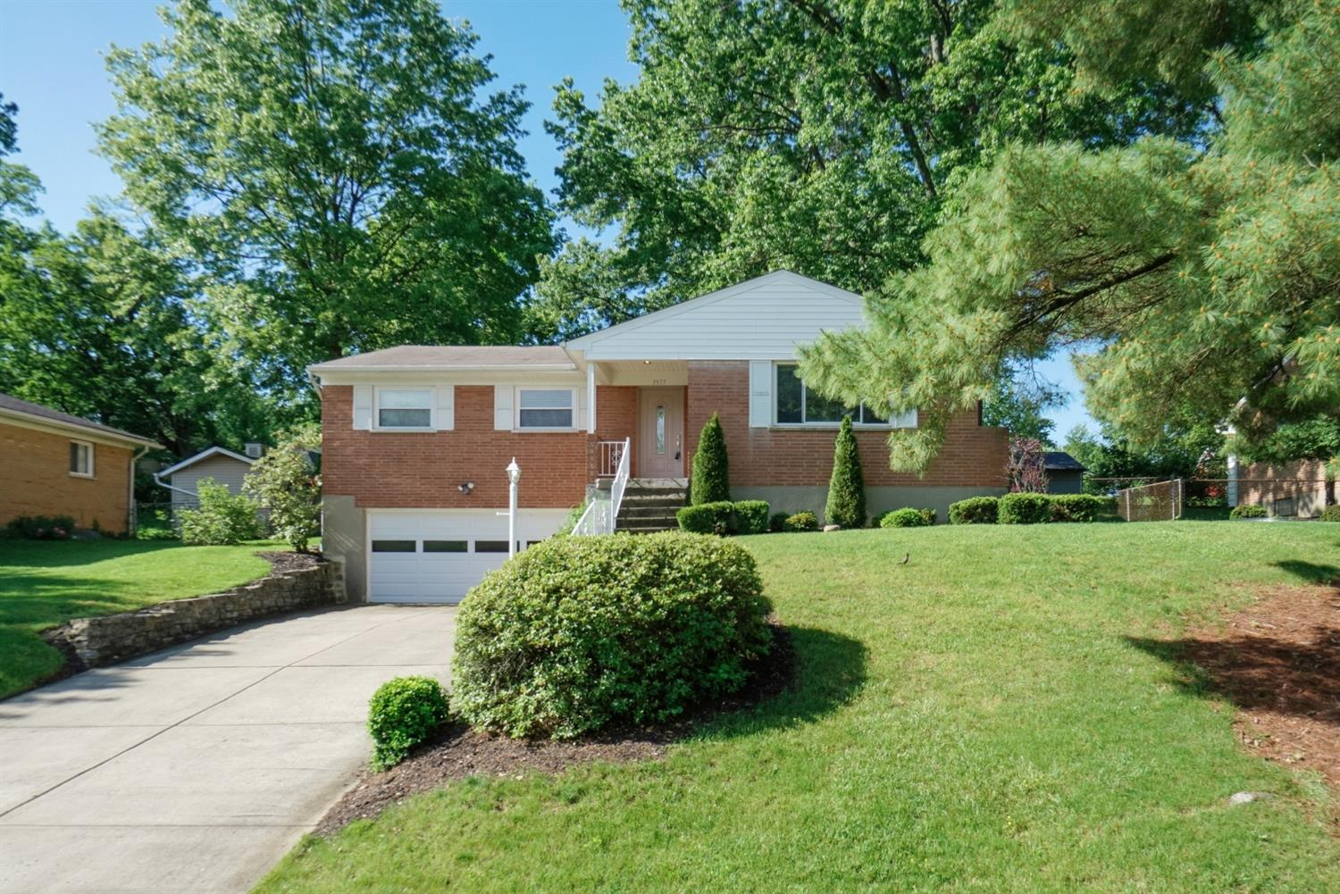 3977 Tramore Dr Dillonvale, OH