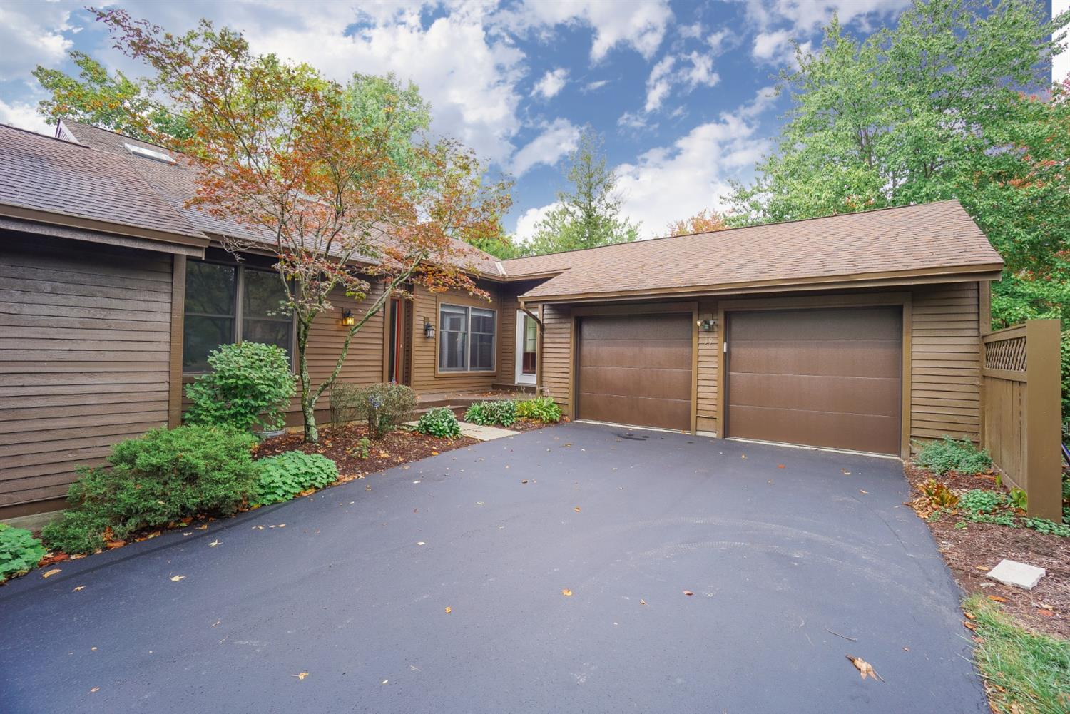 39 Carpenters Ridge Blue Ash, OH