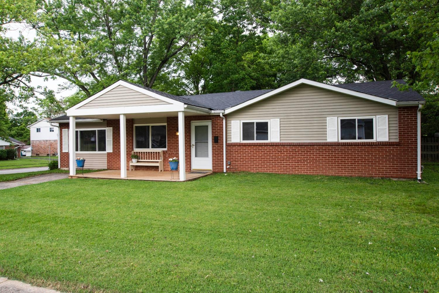 Photo 3 for 3301 Suwannee Ct Newtown, OH 45244