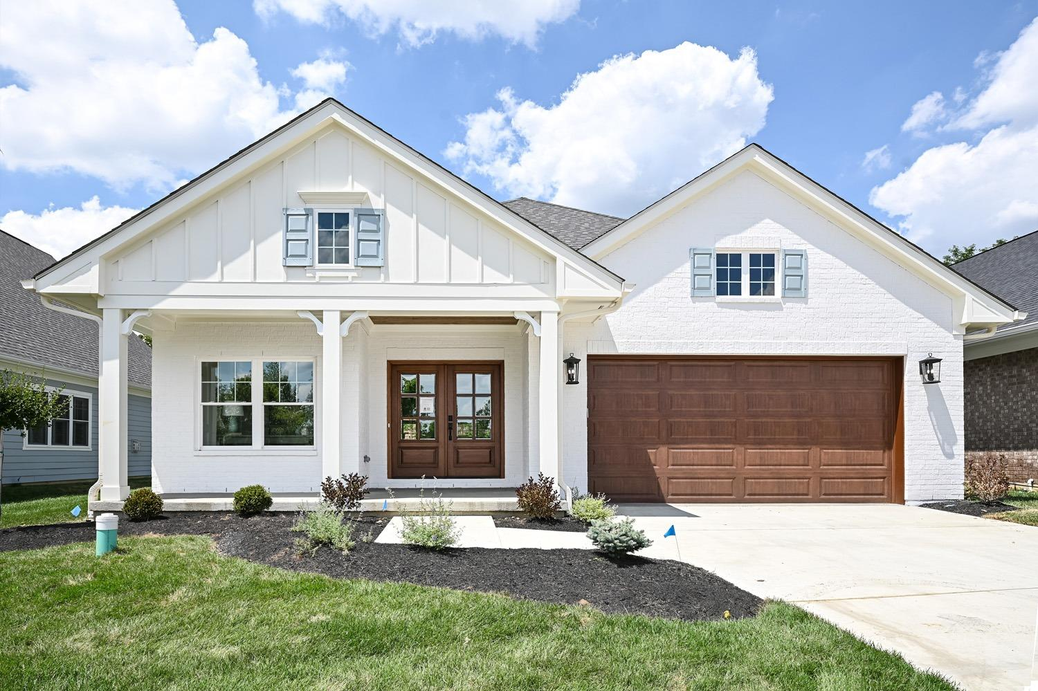 9822 Orchard Trail Dr Montgomery, OH