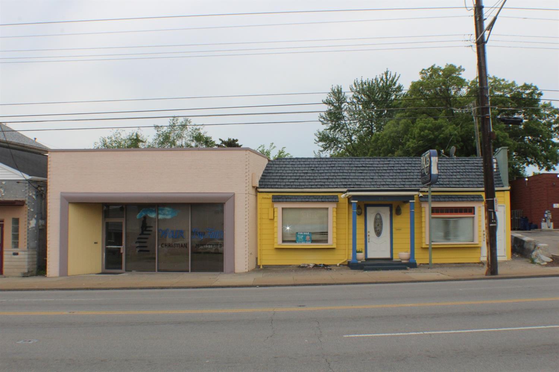 6805 6807 Hamilton Ave North College Hill, OH
