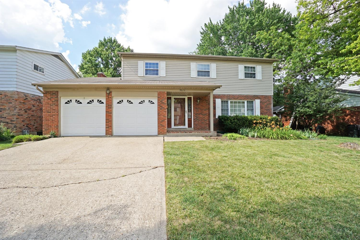 9074 Fontainebleau Ter Finneytown, OH