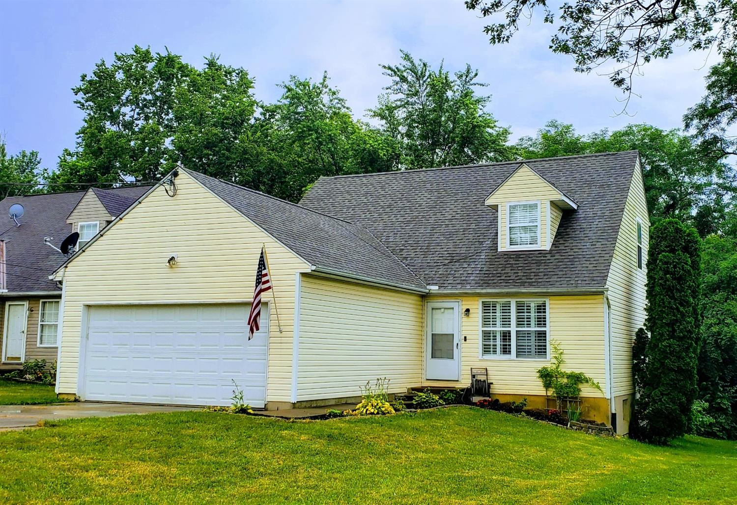 5217 Arrow Ave Monfort Hts., OH