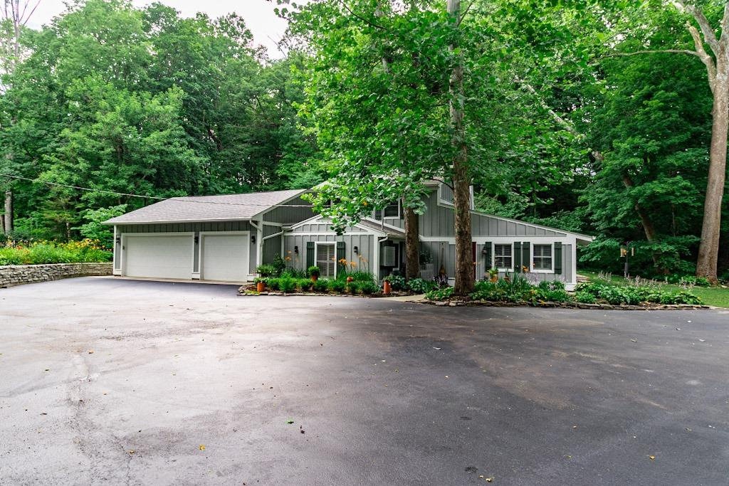 Photo 2 for 6771 Yankee St Montgomery Co., OH 45459