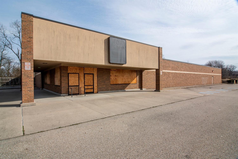 2550 W Galbraith Rd Groesbeck, OH