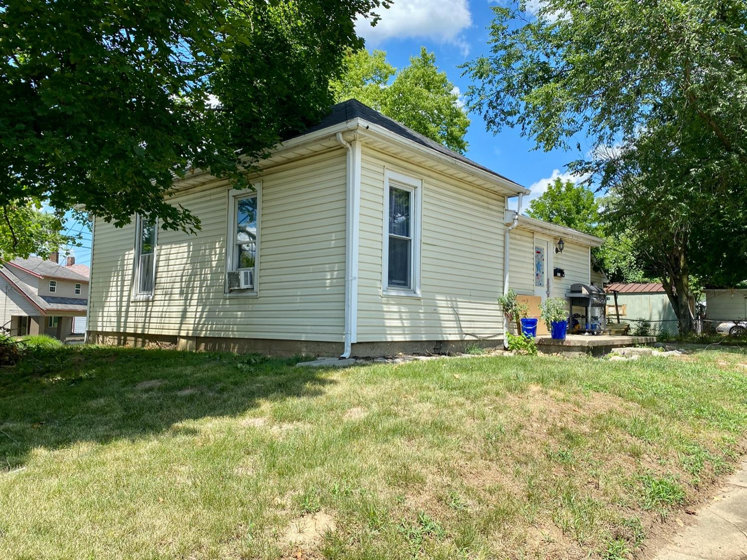1215 Yankee Rd Middletown South, OH