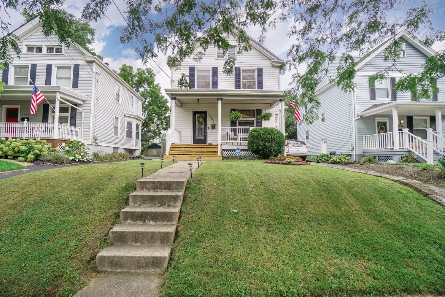 2892 Markbreit Ave Oakley, OH