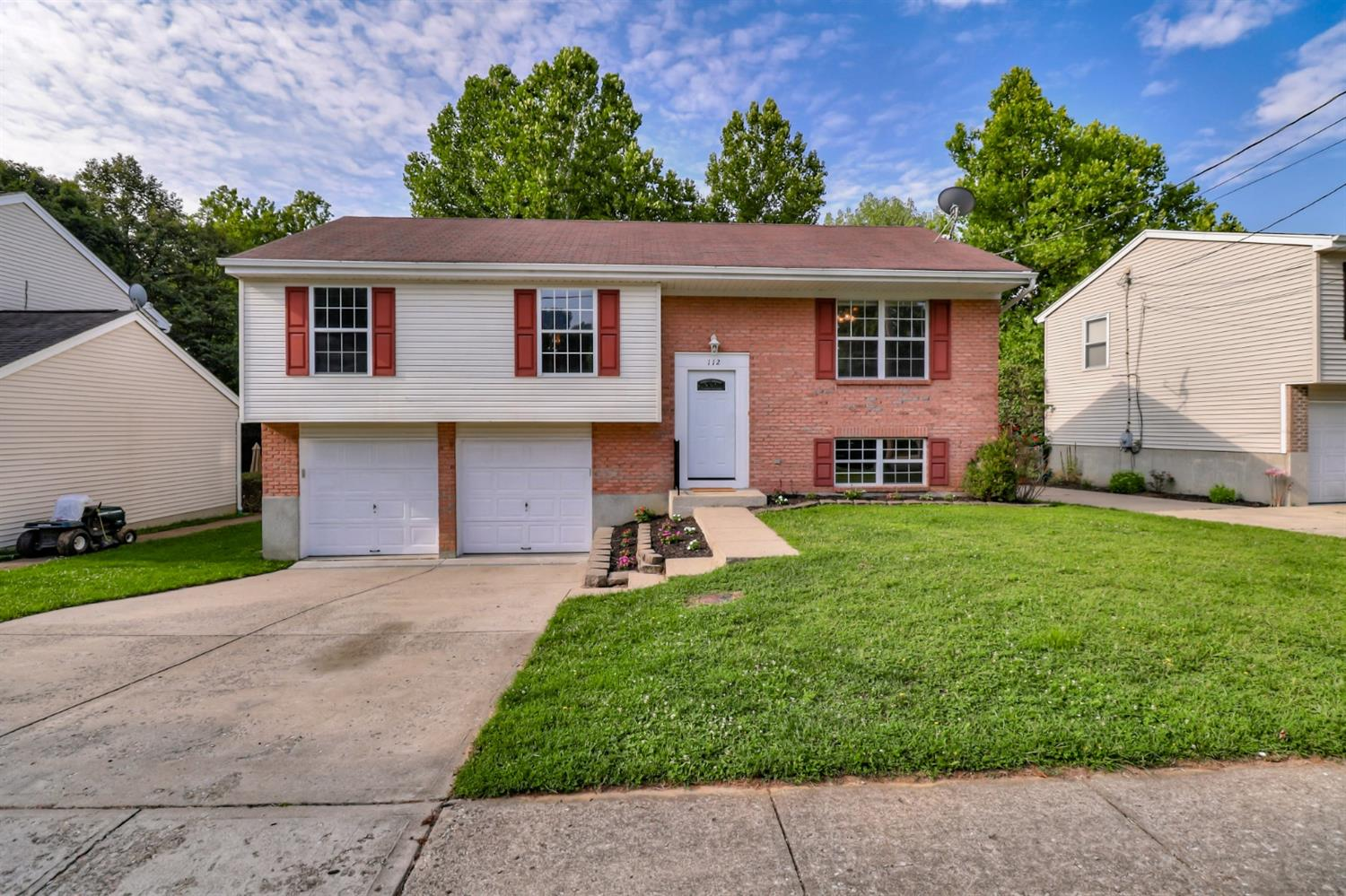 112 Western Hills Dr Cleves, OH