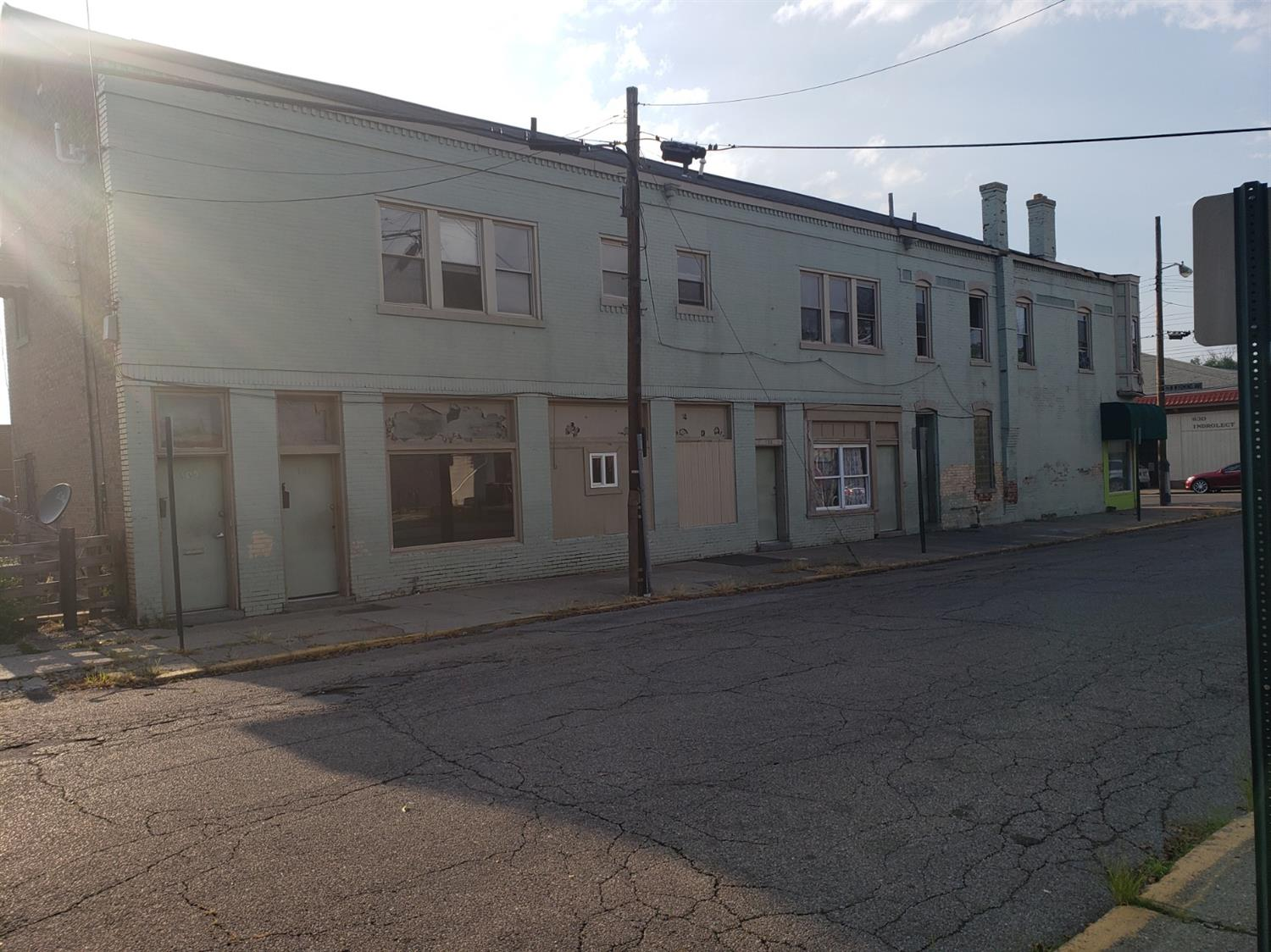 Photo 3 for 701 W Wyoming Avenue Lockland, OH 45215