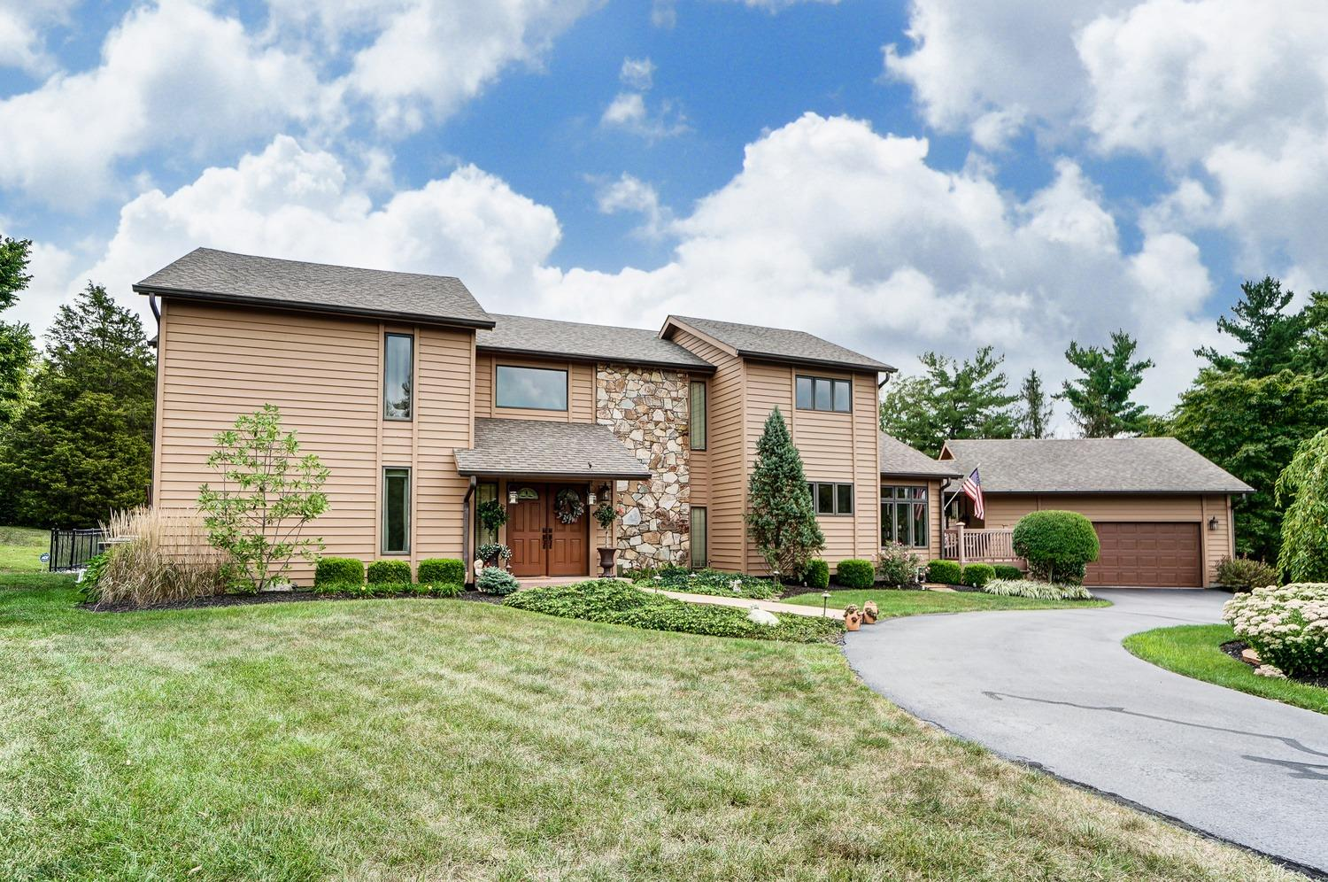 6806 Cloister Cliffs Dr Madison Twp., OH