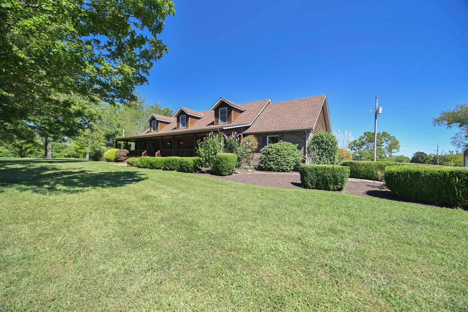 12816 Lauman Rd Moores Hill, IN