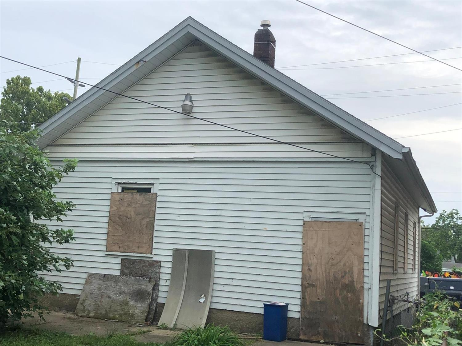 Photo 2 for 1026 Hensley Ave Hamilton East, OH 45011