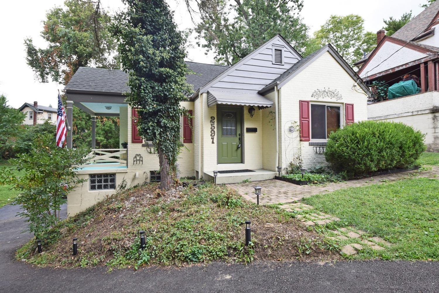 2591 Irving Pl Norwood, OH