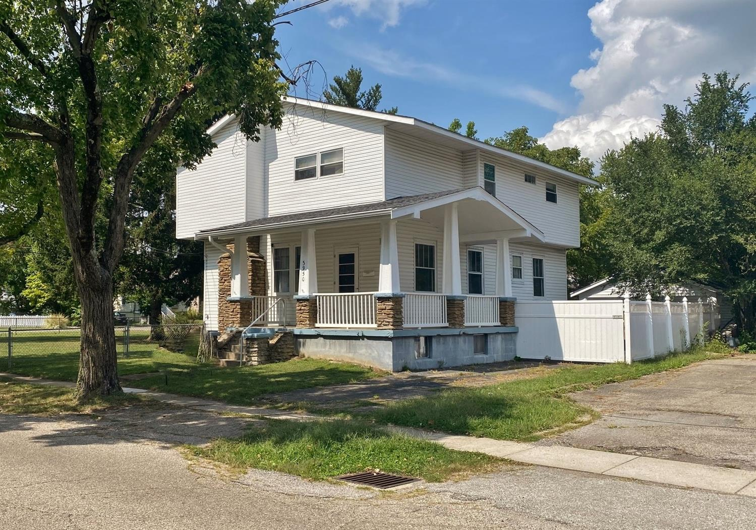 3950 Webster Ave Deer Park, OH