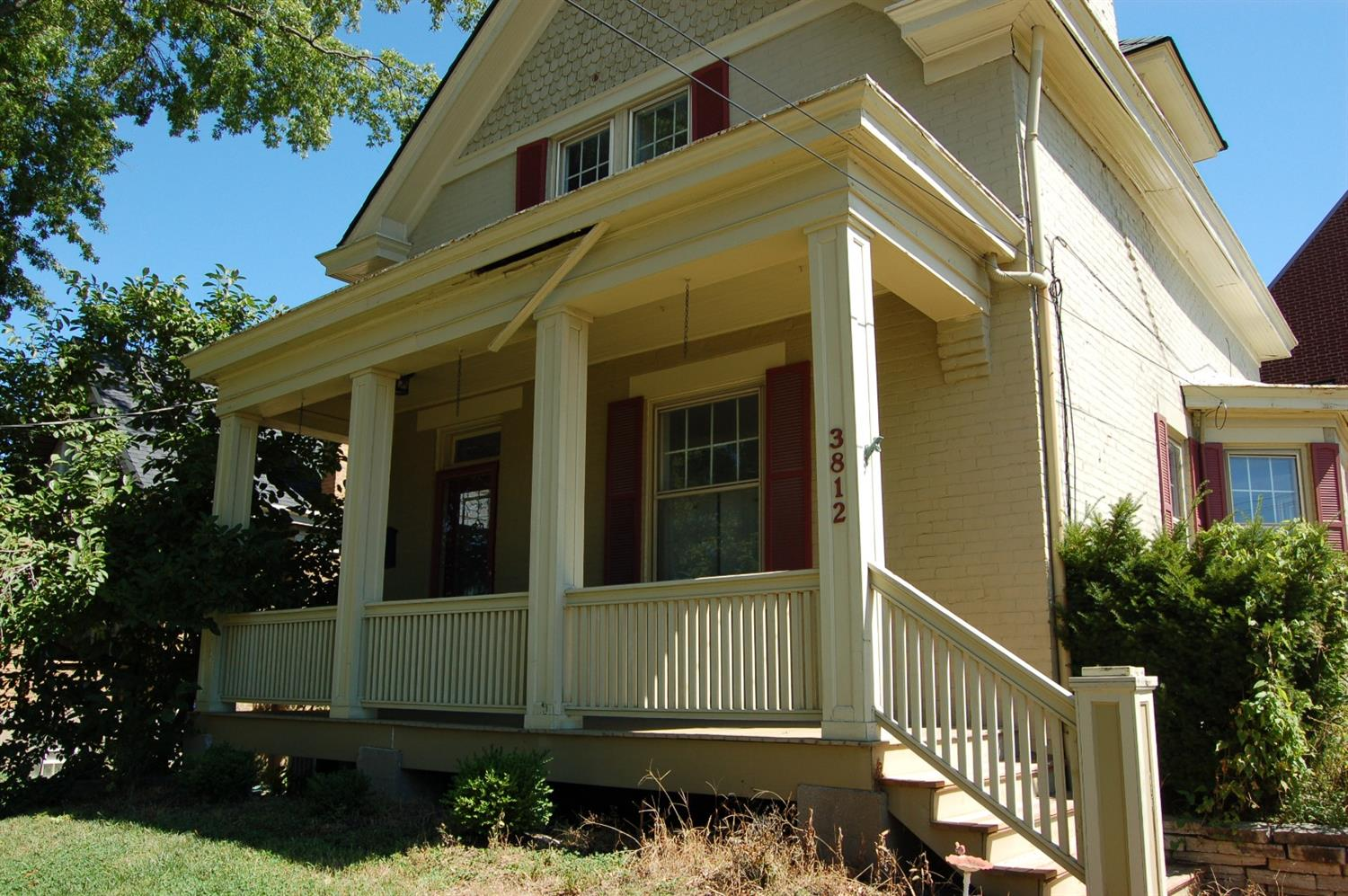 Photo 2 for 3812 Roswell Ave Cheviot, OH 45211